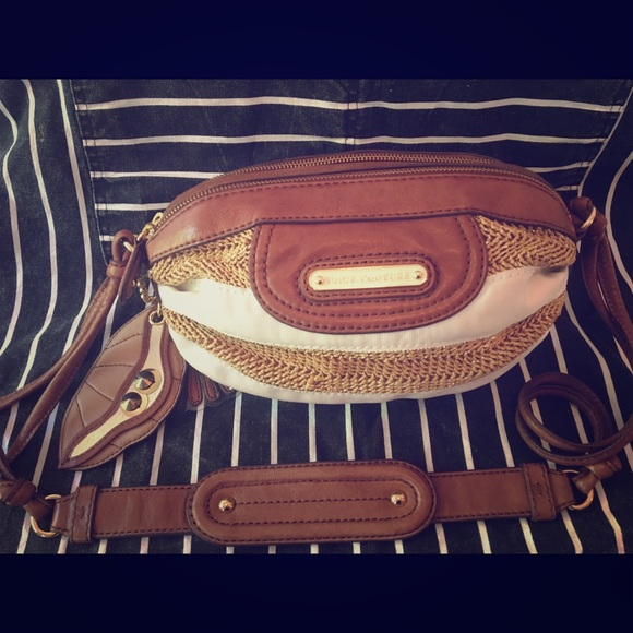 AUTHENTIC NWOT Juicy Couture Striped Barrel Bag ✨